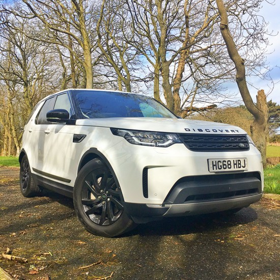 18 68 Land Rover Discovery 3.0 HSE SDV6 Auto Commercial White (AWD)